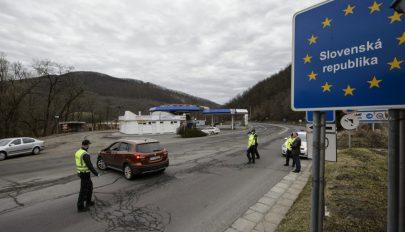 Karantén jár annak, aki nem vesz részt az országos tesztelésen Szlovákiában