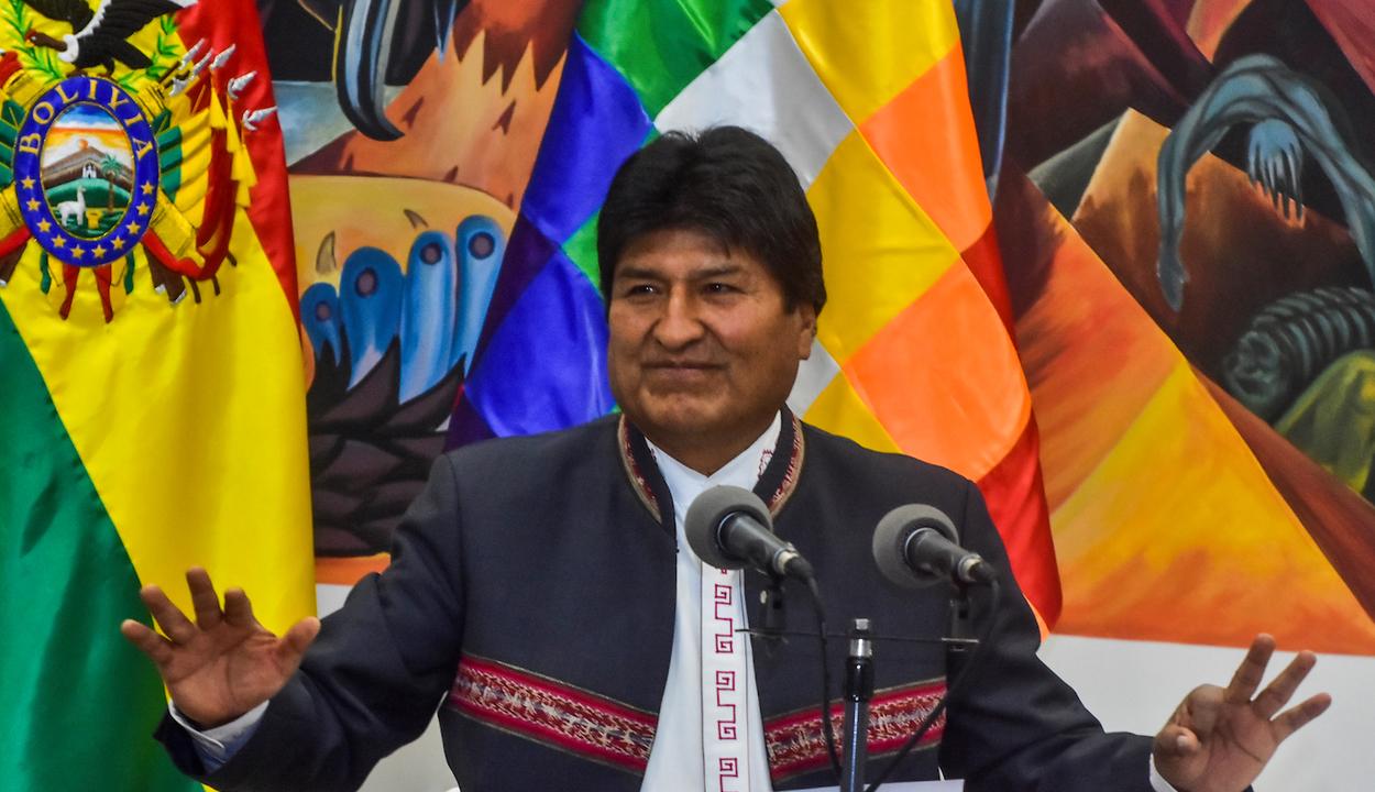 Hazatérhet Bolívia elüldözött elnöke