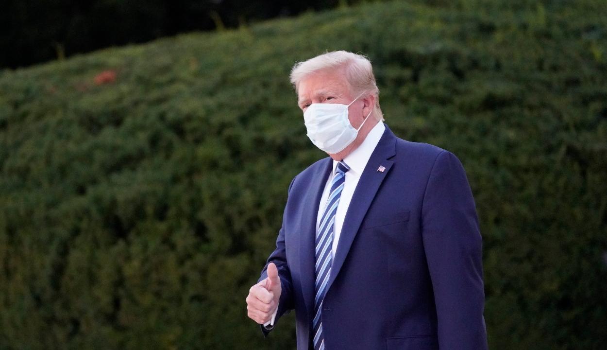 Elhagyta a kórházat Donald Trump, és máris készül a második elnökjelölti vitára