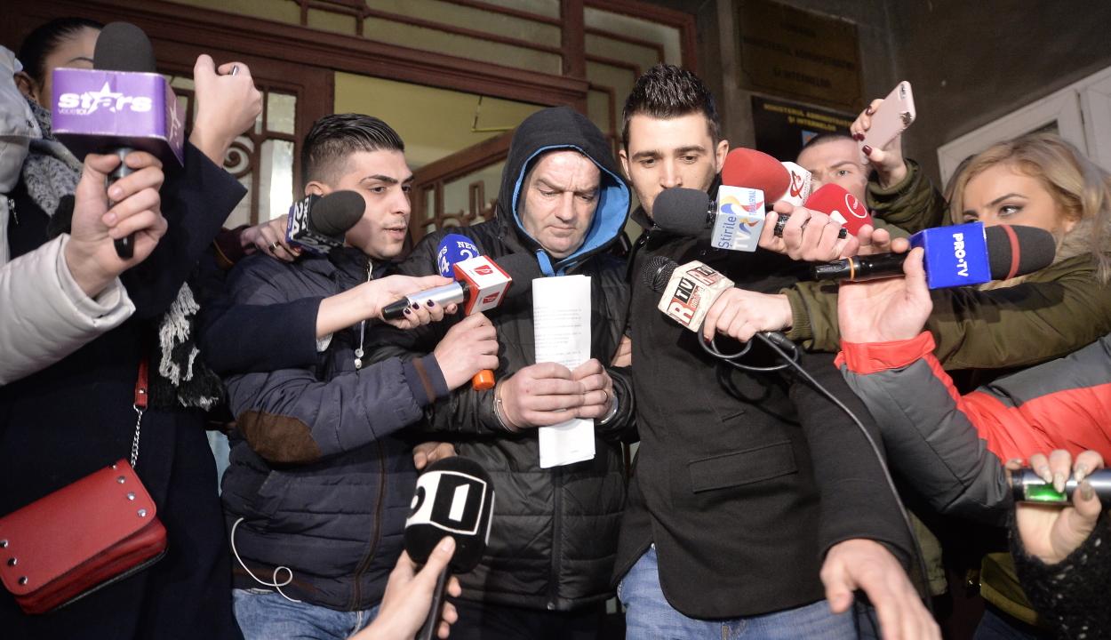 Húsz év letöltendő börtönbüntetésre ítélték a pedofil bukaresti rendőrt