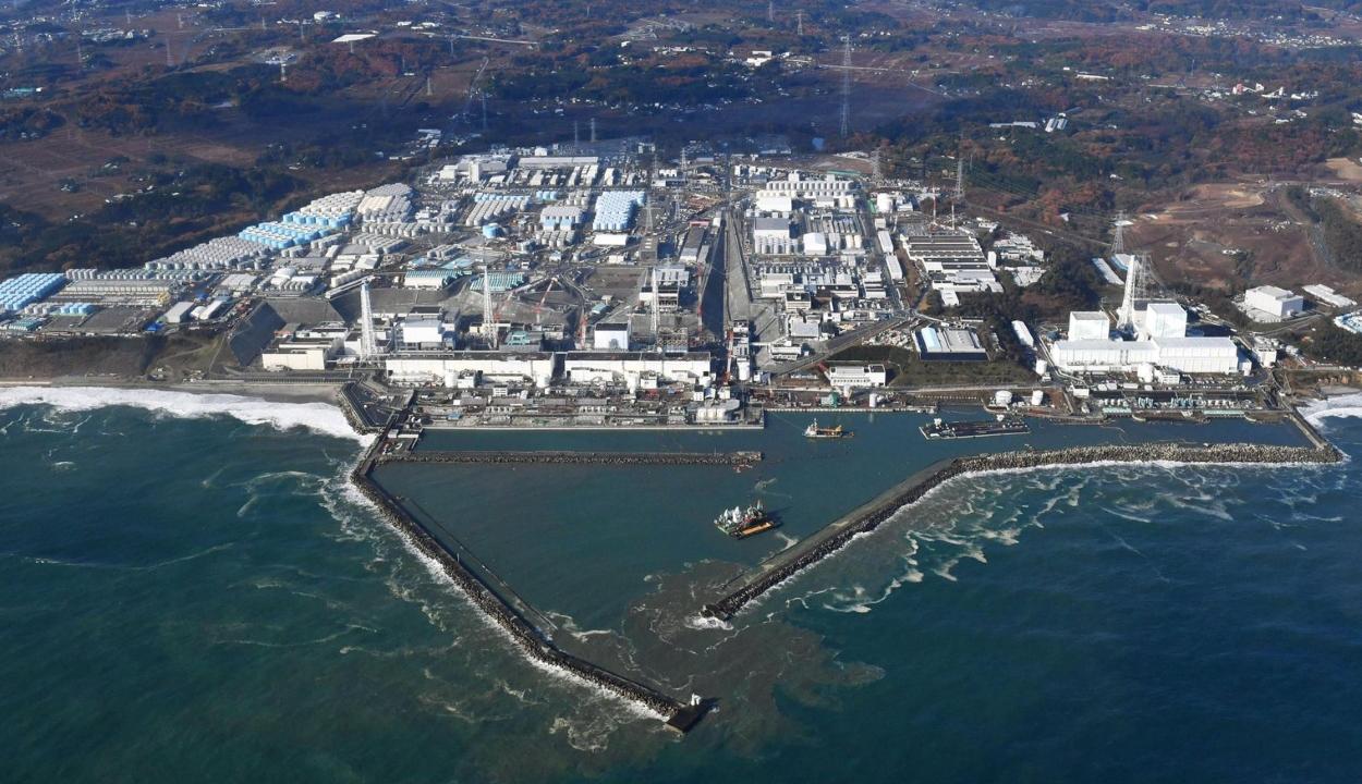 Fukushima: Japán jóváhagyta a szennyvíz kiengedését az óceánba