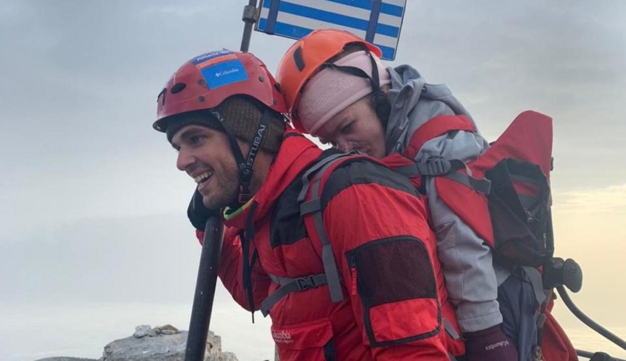 A mozgáskorlátozott egyetemista a barátja segítségével mászta meg az Olimposzt