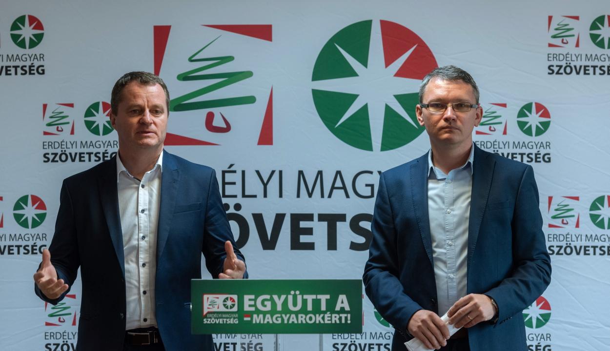 Az EMSZ szerint az RMDSZ-nek is ki kellene lépnie az EPP frakcióból