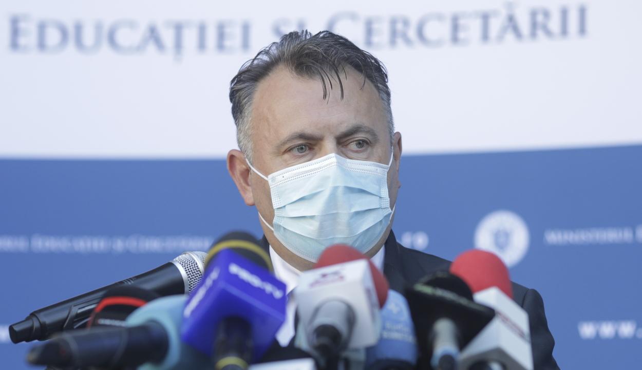 Tătaru: otthon mérik fel a más betegséggel nem rendelkező, tünetmentes fertőzöttek állapotát