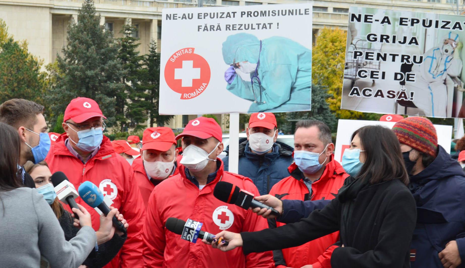 Tiltakozó akciókat tart csütörtöktől a Sanitas