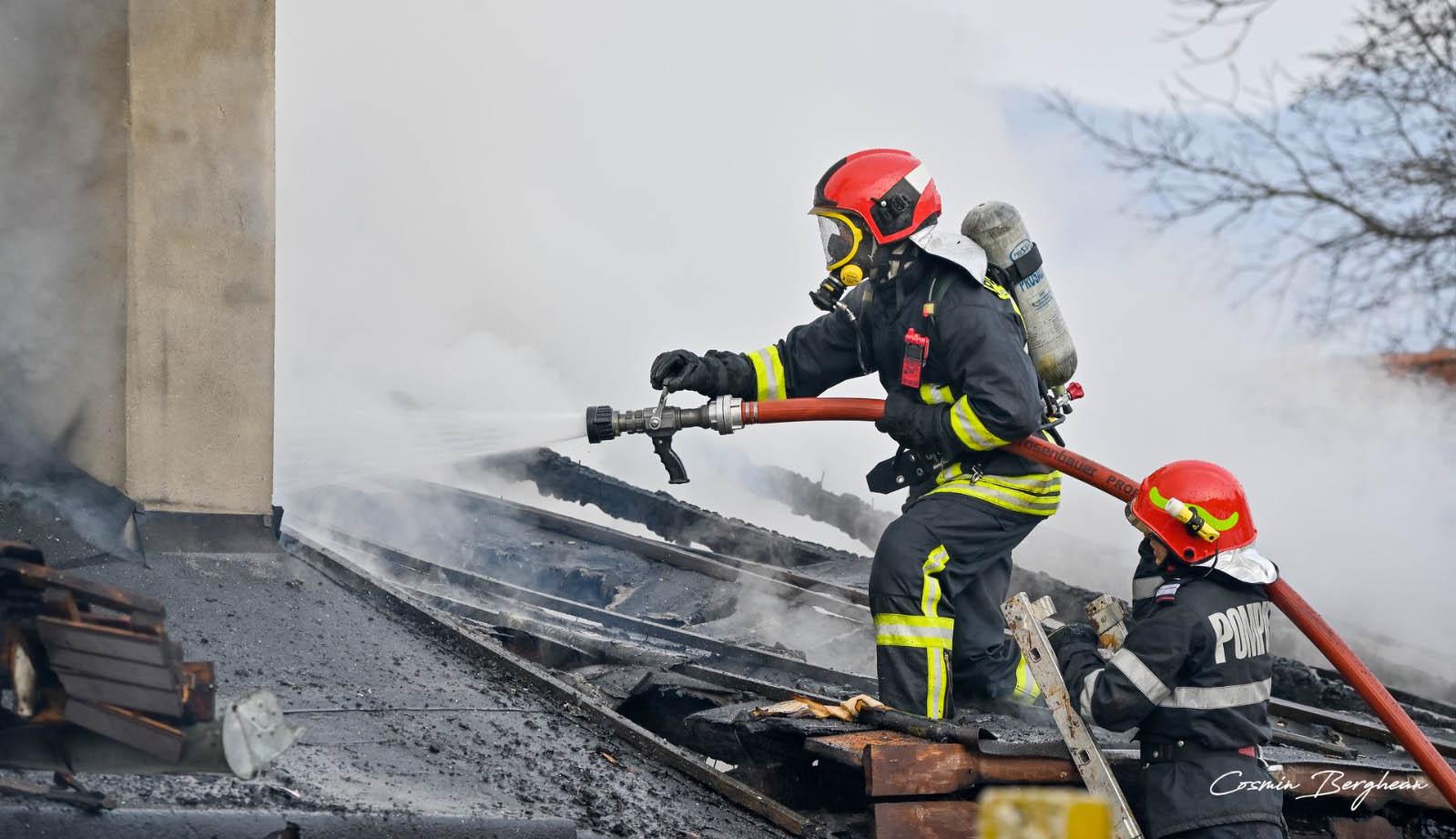 Többtucat ház lángolt