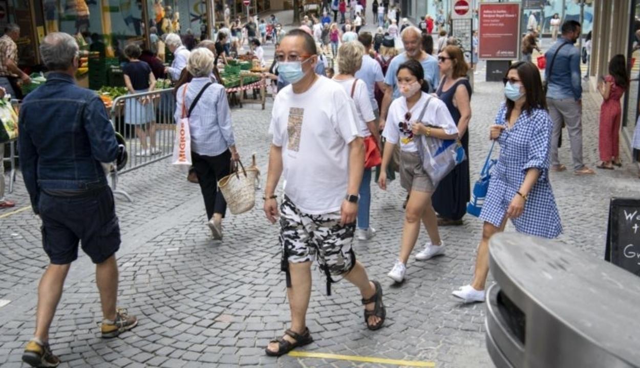 Európa-szerte szigorítanak a járványügyi korlátozásokon
