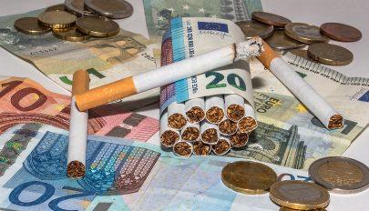 Több mint ezer csomag csempészcigarettával bukott le egy férfi Zágonban
