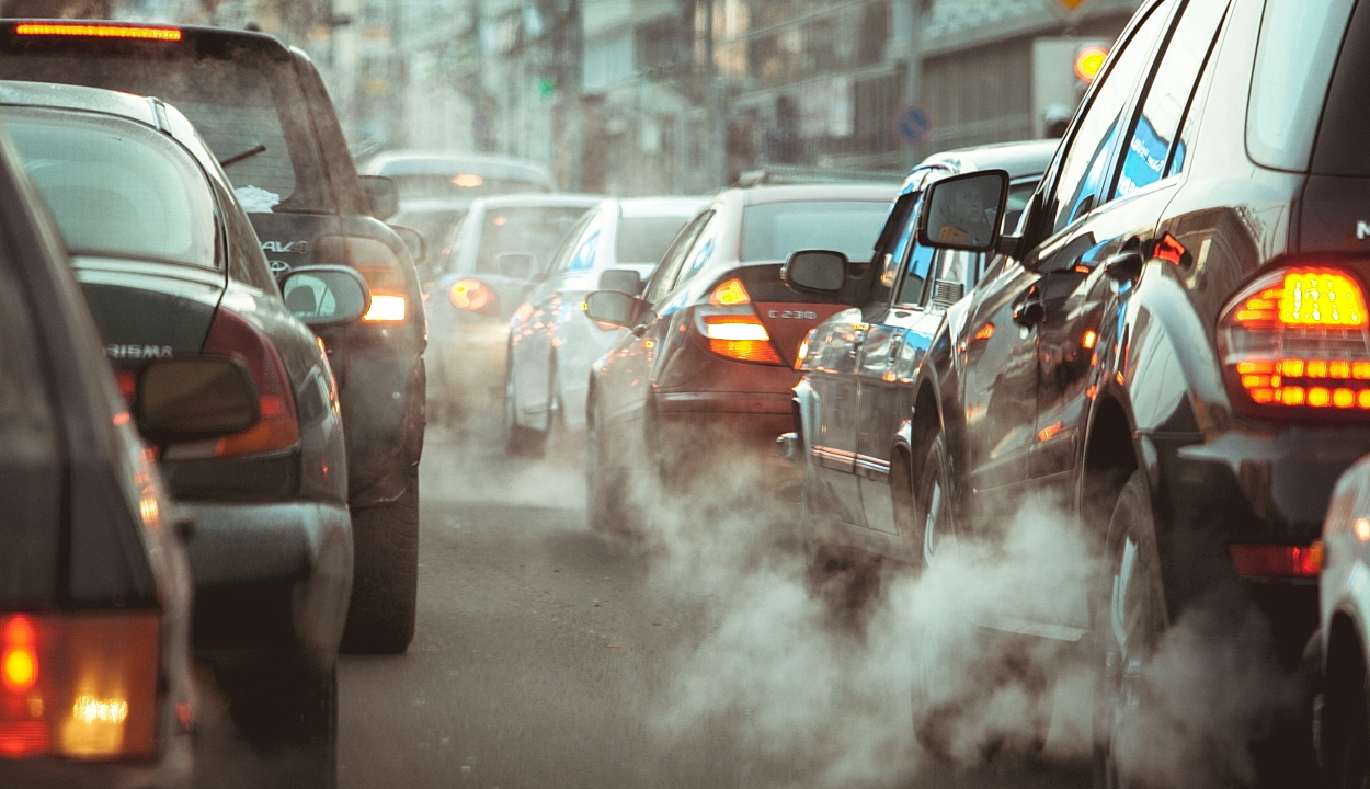 Európa lakosságának 63 százaléka betiltaná a benzin és dízel-üzemű autókat