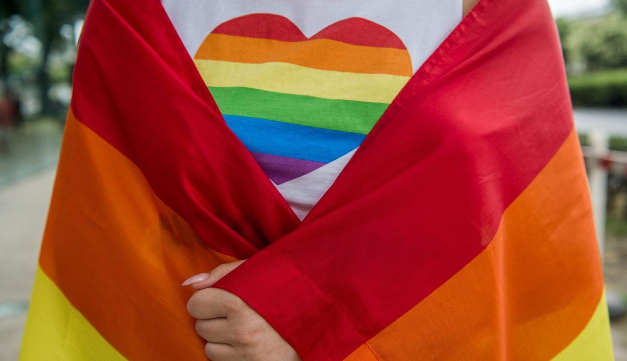 Az Európai Bizottság az LMBTQ csoportok jogegyenlőségére vonatkozó stratégiát mutatott be