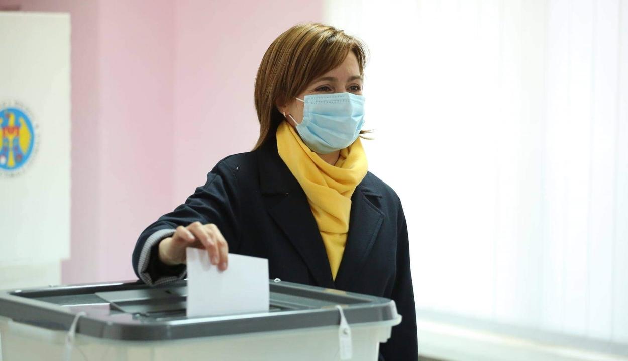 Maia Sandu nyerte a moldovai elnökválasztás első fordulóját