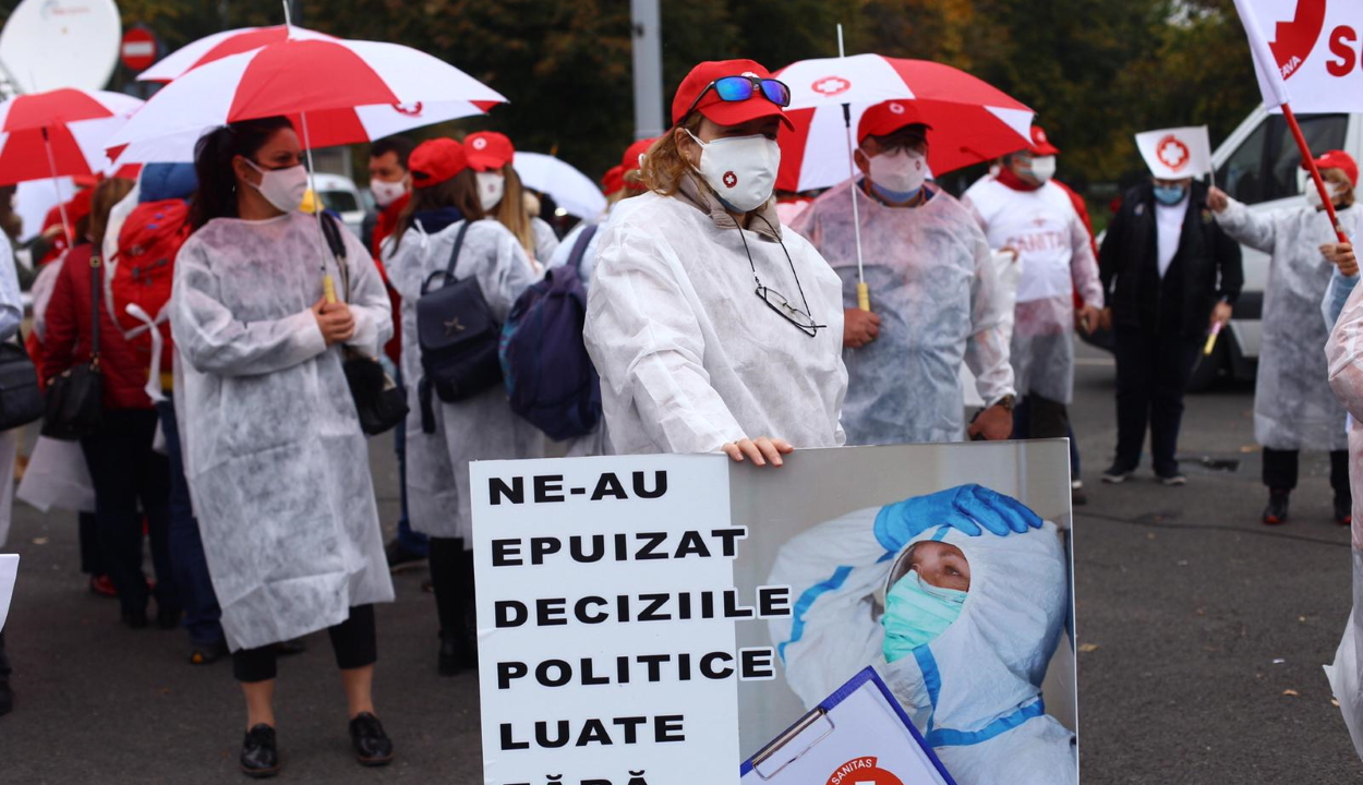 A kormány épülete előtt tüntetett a Sanitas