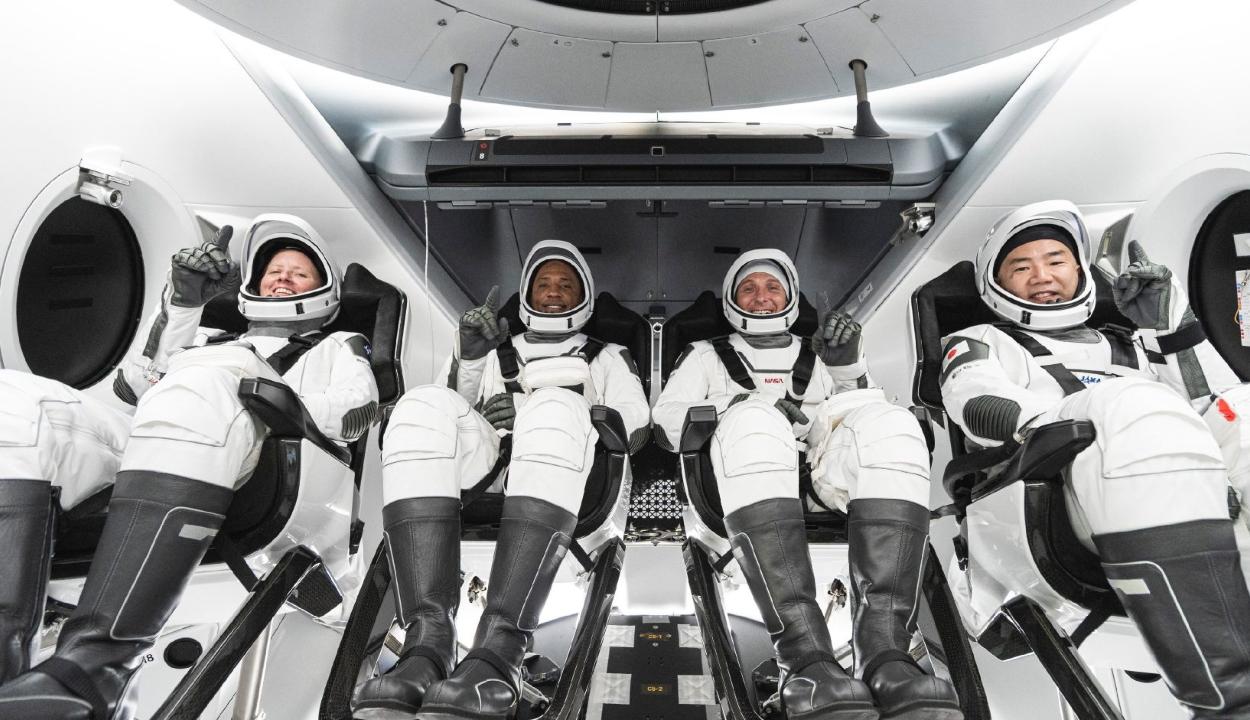 Megérkezett a Nemzetközi Űrállomásra a SpaceX űrhajója