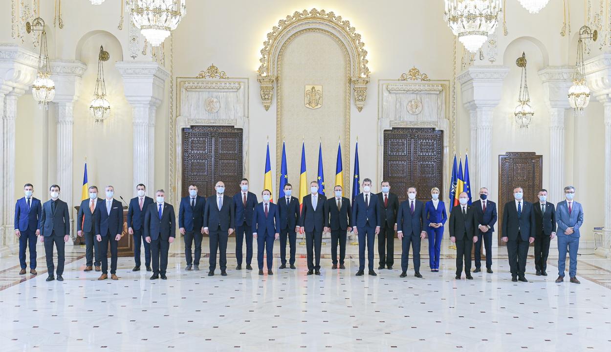 Letették az esküt a Cîţu-kormány tagjai
