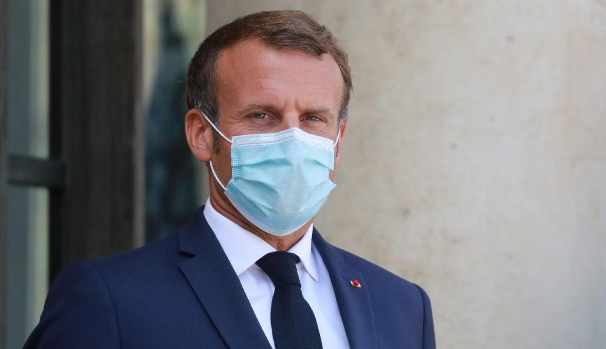Elkapta a koronavírust Emmanuel Macron