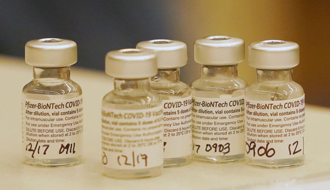 Hétfőn érkezik az országba a Pfizer-vakcina ötödik szállítmánya