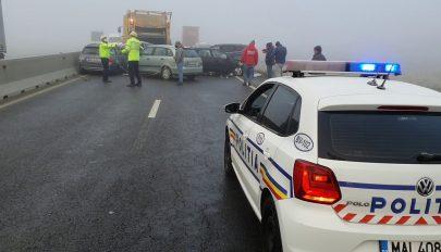 Több mint húsz autó ütközött szerda reggel a brassói terelőúton