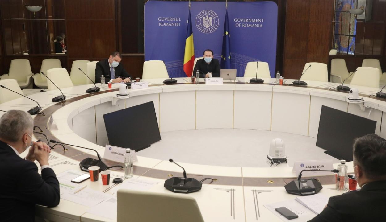 A kormányfő a megyei tanácsok országos egyesületének képviselőivel tanácskozott
