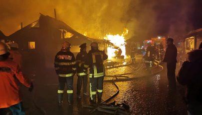 Humanitárius gyorssegélyt nyújt a kormány a csíkszeredai tűzvész károsultjainak