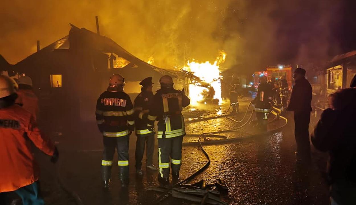 Visszaköltözött a csíksomlyói nyomornegyedbe a tűzvész károsultjainak több mint fele