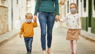 A babák és kisgyerekek terjesztik igazán a koronavírust