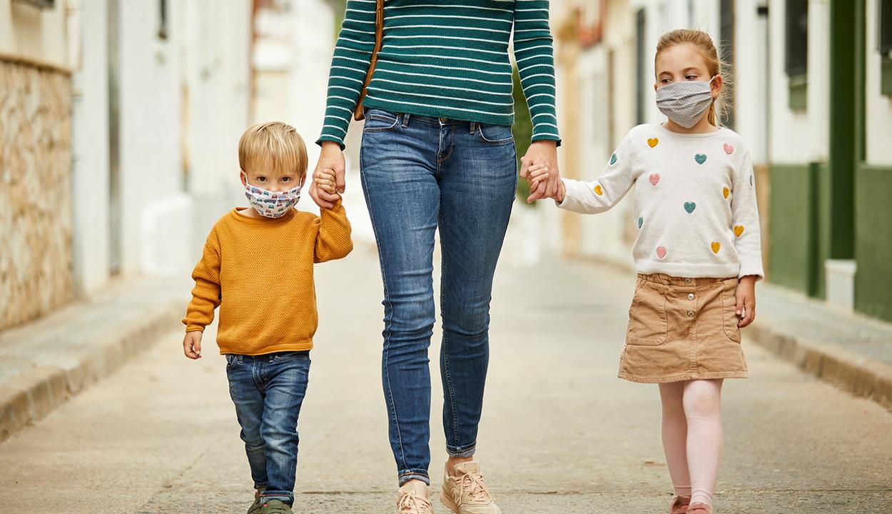 Egészségügyi minisztérium: a szülők kövessék figyelemmel gyerekeik egészségi állapotát