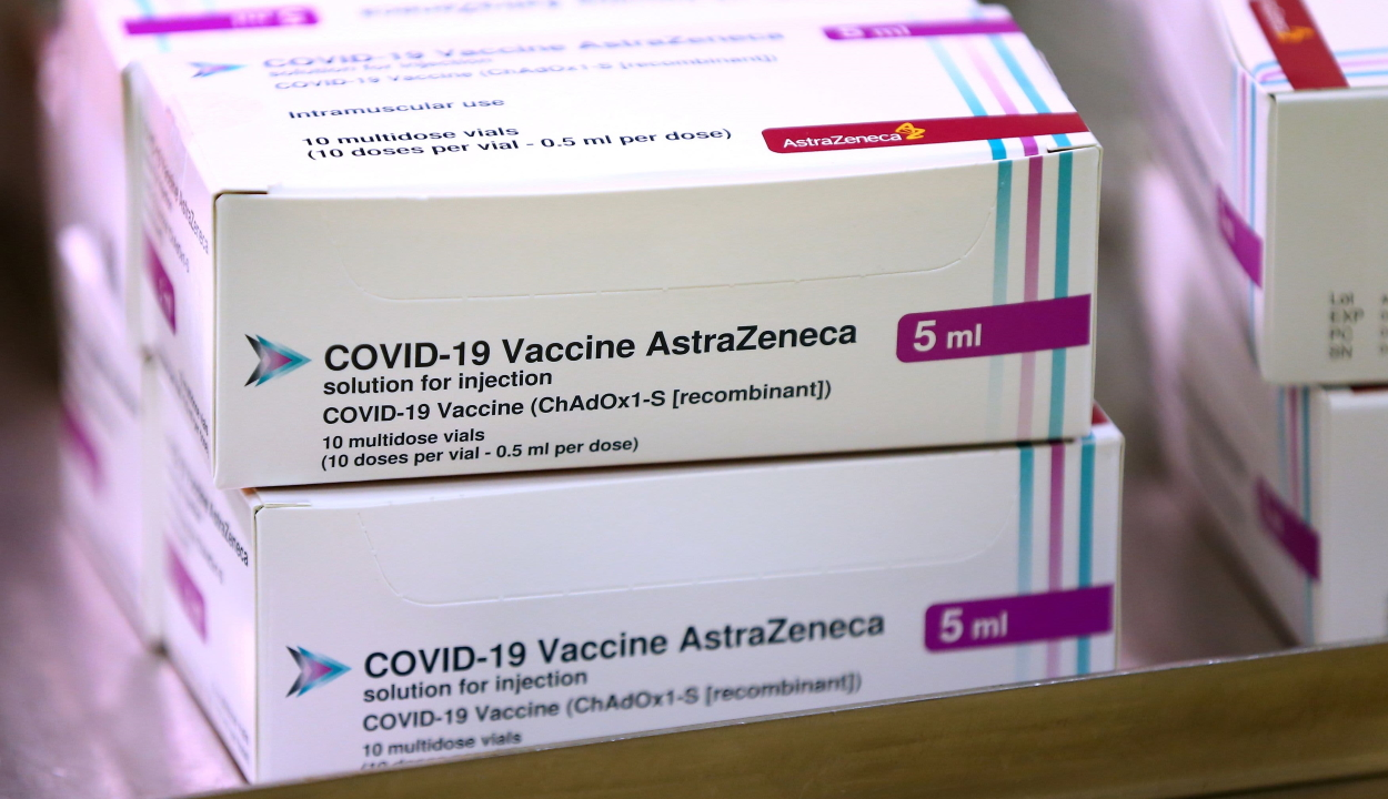 Európai Bizottság: nem indokolt az AstraZeneca-vakcina alkalmazásának felfüggesztése