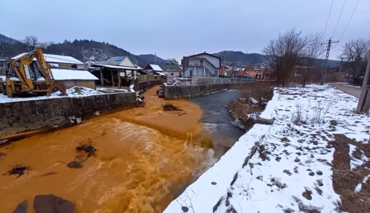 Tetemes bírságot róttak ki a Szamost bányavízzel szennyező cégre