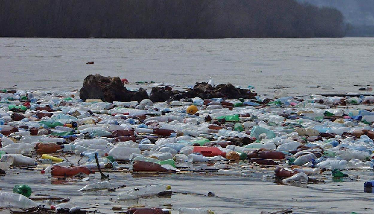 Sok a műanyag az Oltban (is)