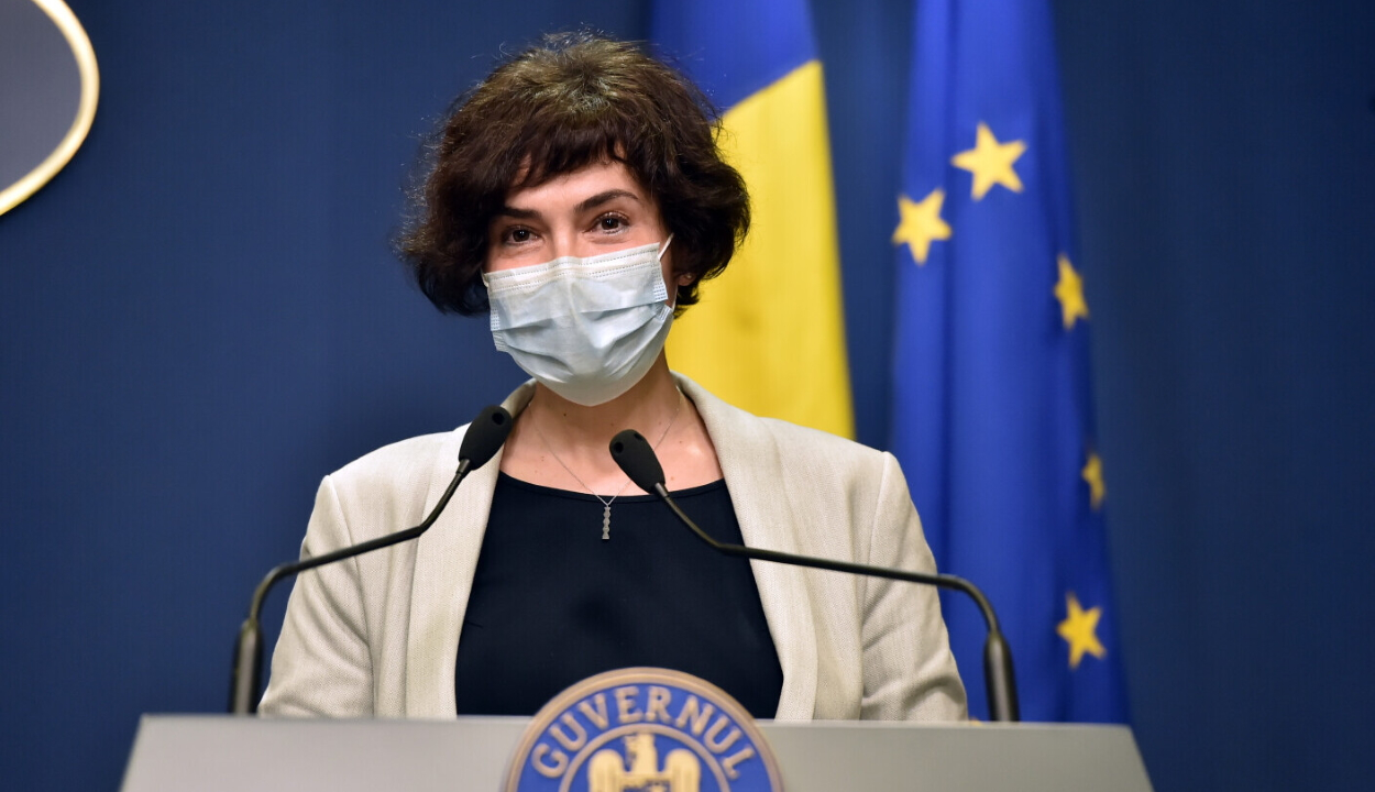 Egészségügyi államtitkár: jelenleg nincs szó országos szintű lezárásról