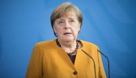 Megkapta az első adag oltást Angela Merkel