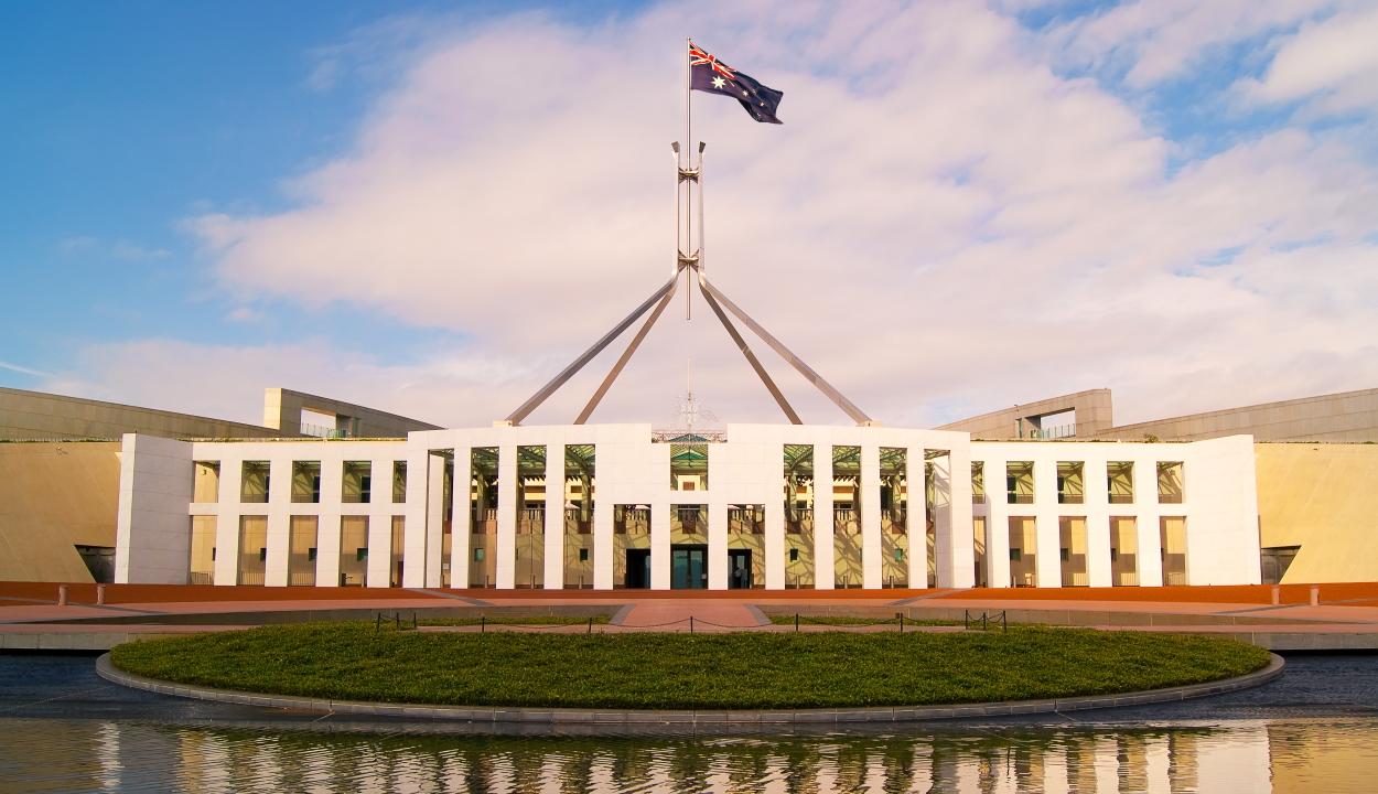 A parlament irodáiban és egy imaszobában szexeltek az ausztrál kormány alkalmazottai