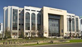 A bukaresti törvényszék kéri a politikusokat, hogy tartsák tiszteletben az államhatalmak szétválasztásának elvét