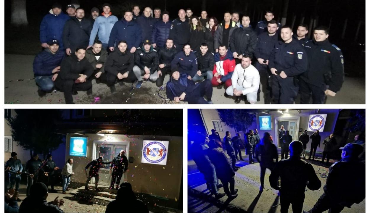 Több tucat brassói csendőrt büntettek meg, mert maszk nélkül ünnepelték főnökük nyugdíjazását