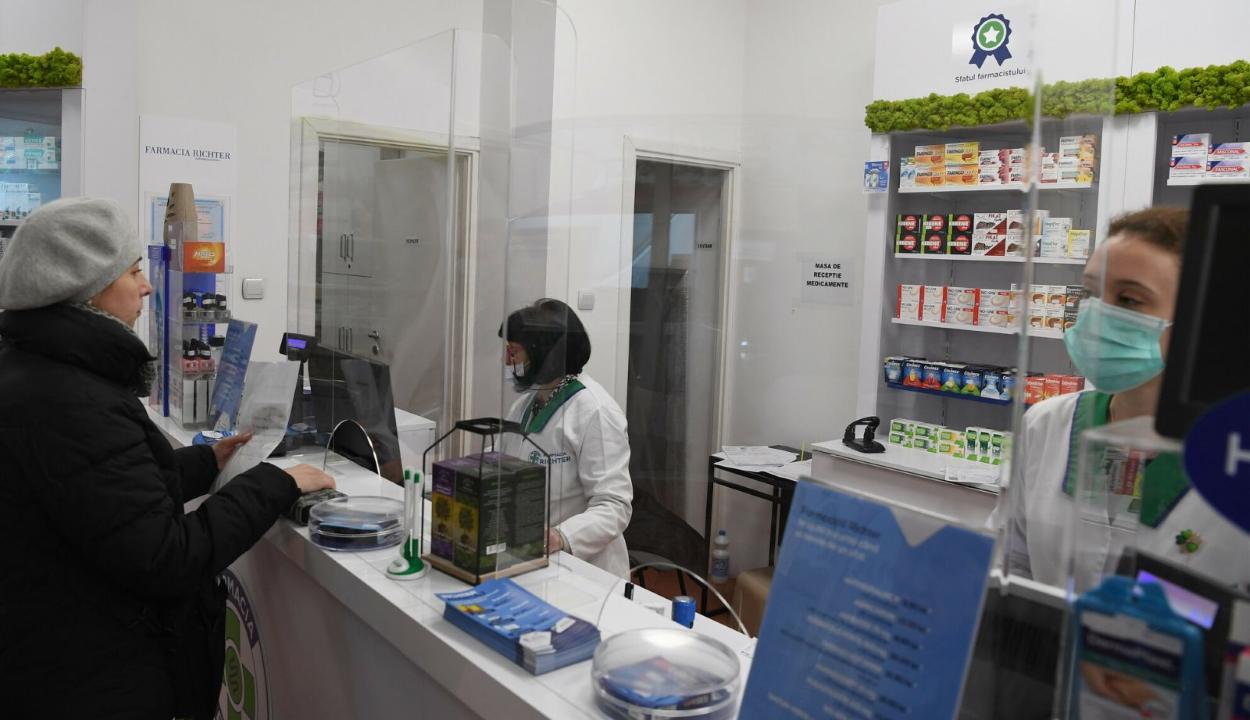 Indul a gyógyszertári koronavírus-tesztelés