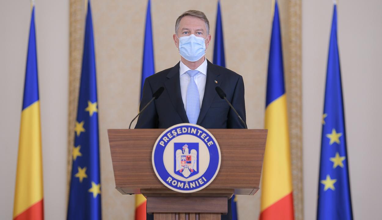 Iohannis felszólította az USR PLUS-t, hogy üljön tárgyalóasztalhoz koalíciós partnereivel