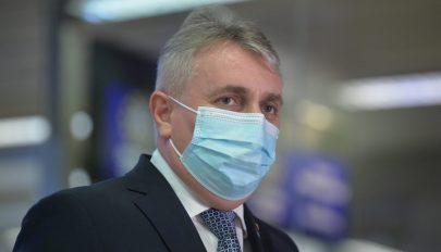 A belügyminiszter szerint nem várhatók jelentős lazítások augusztustól
