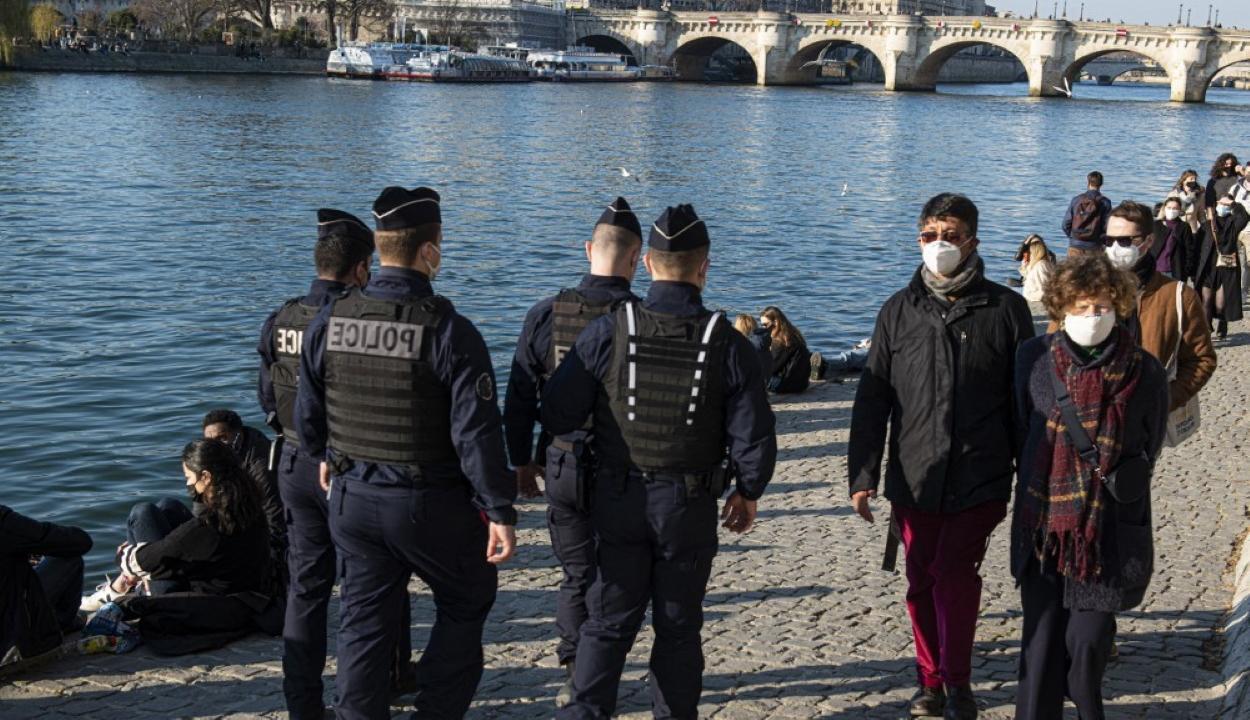 Halállal végződött az iskolai csúfolódás Párizsban