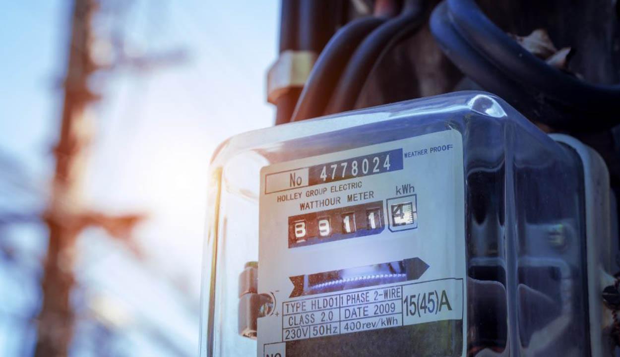 Villany- és gázszámla-támogatást kaphatnak ősztől a sérülékeny fogyasztók