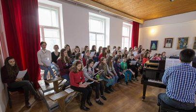 Campanella: a művészetis diákok énekkara