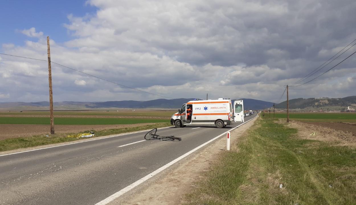 Biciklist ütöttek el Kézdi és Szentlélek között