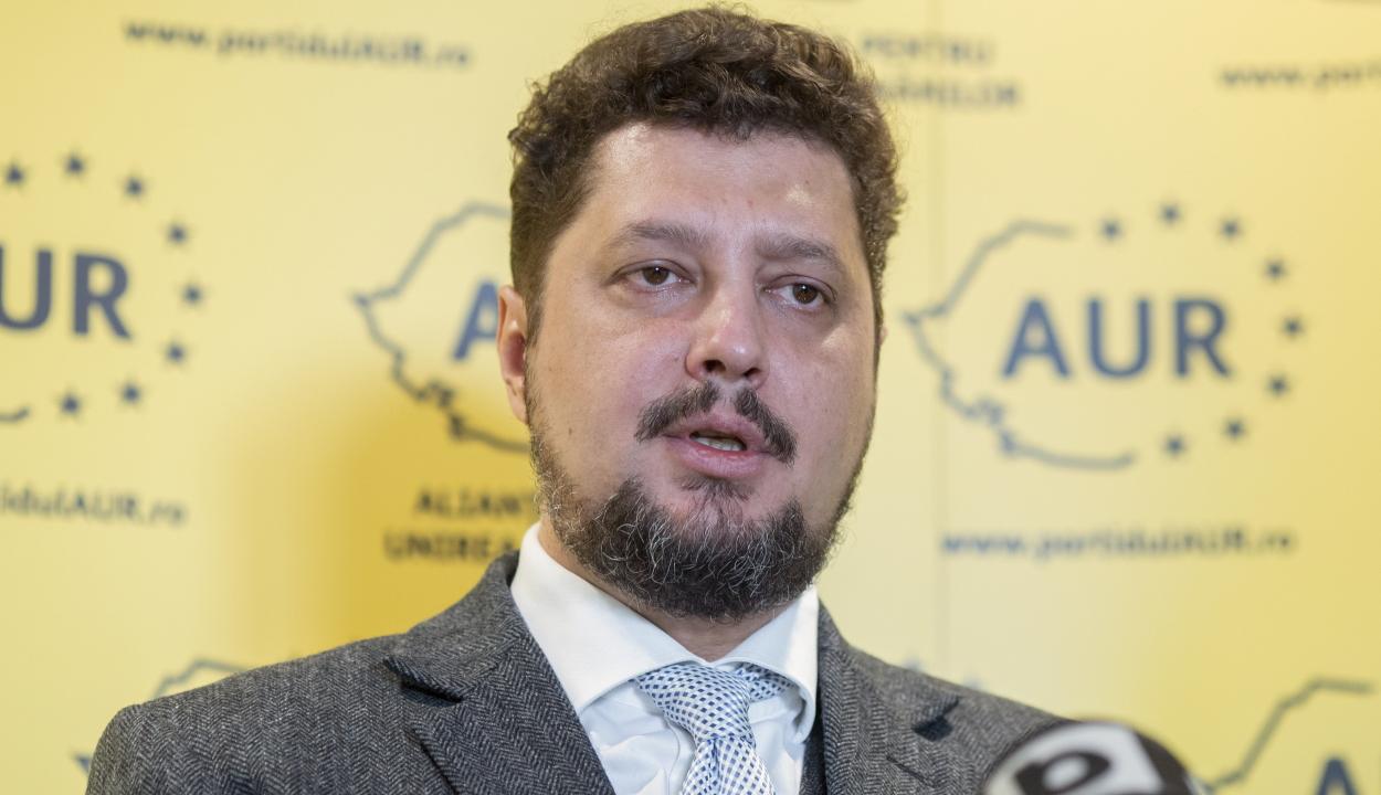 Az AUR társelnöke az RMDSZ-szel szövetkezne az ukrajnai románok és magyarok jogainak védelmében