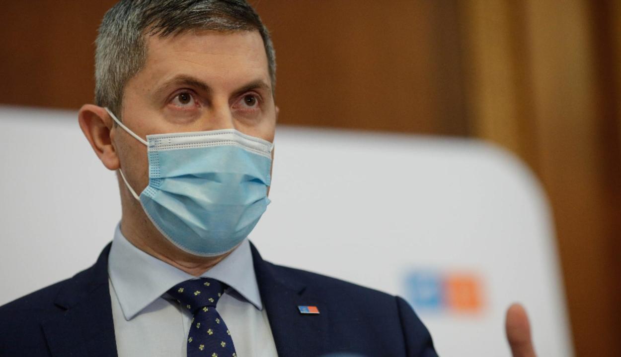Dan Barna megpályázza az USR PLUS elnöki tisztségét