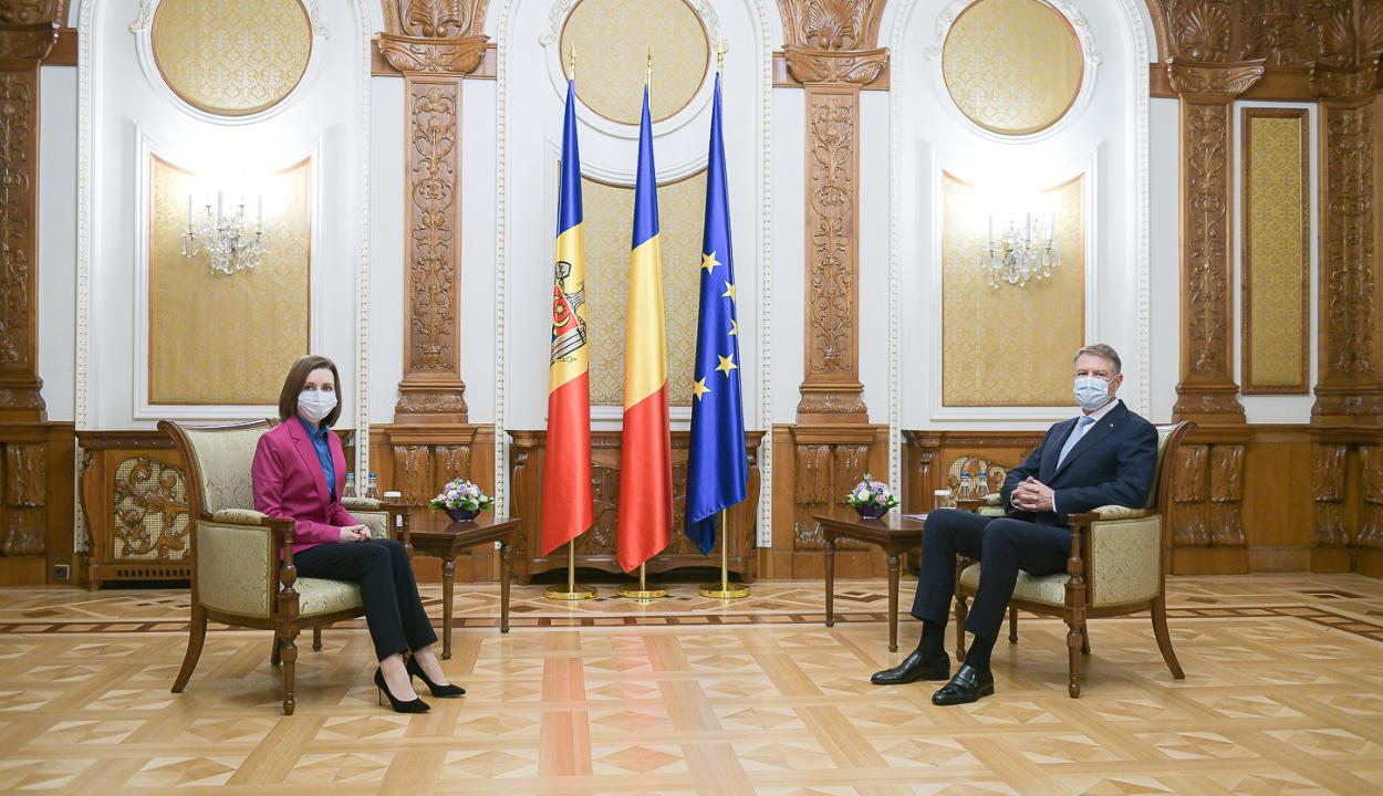 Maia Sandu moldovai elnök Bukarestben tárgyalt a járványügyi helyzetről és az oltásokról