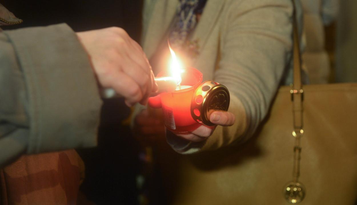 Enyhítenek a korlátozásokon az ortodox húsvétra