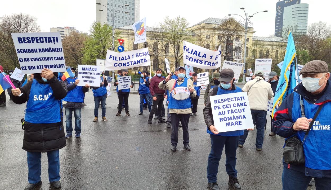 A kormány leváltását követelték közös tüntetésükön a román szakszervezeti tömörülések