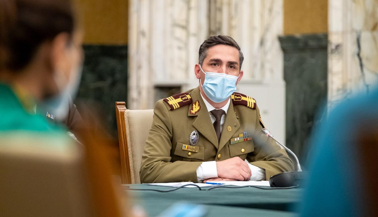 Gheorghiţă közéleti személyiségekhez intézett felhívást, hogy elmondják véleményüket az oltásról