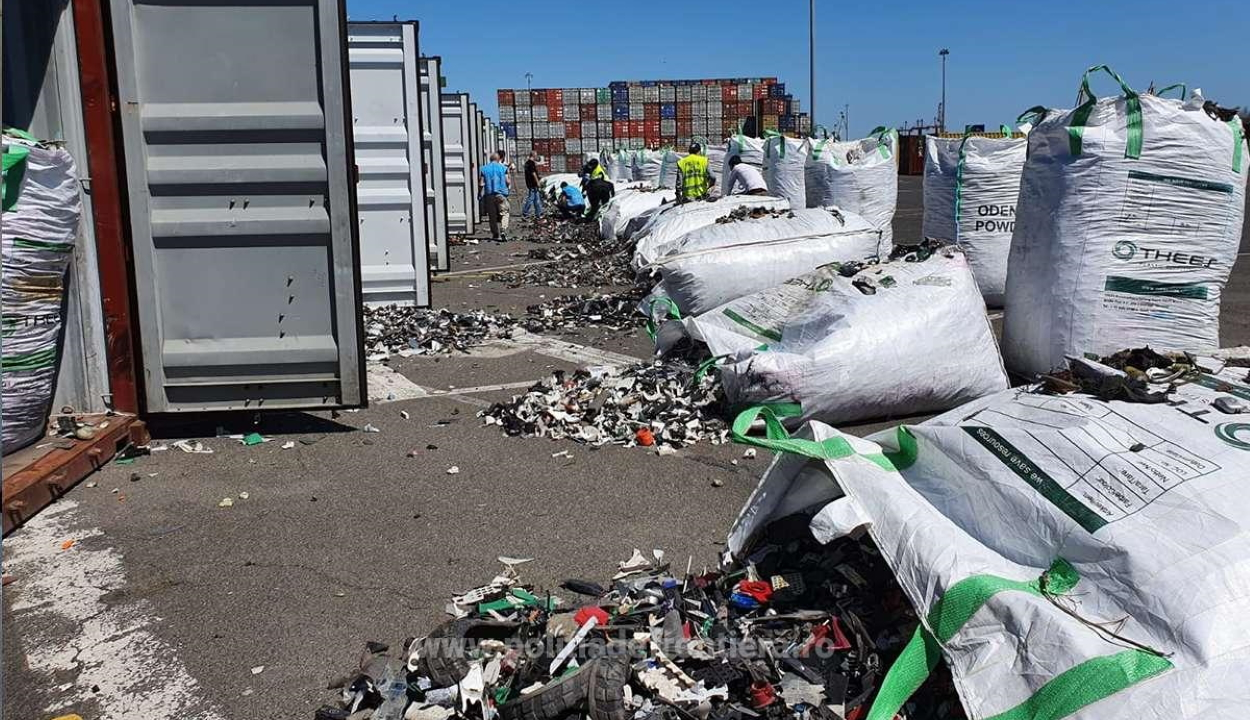 További 25 hulladékkal teli konténert foglaltak le a konstancai kikötőben