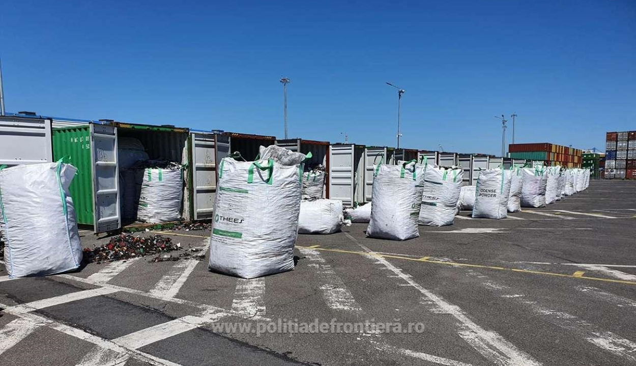 Többszáz tonna, Németországból származó hulladékot fordítanak vissza a konstancai kikötőből