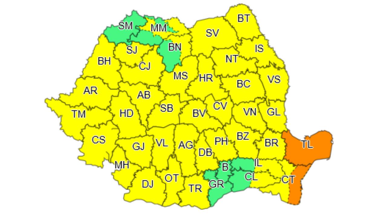 Újabb sárga és narancssárga riasztások a nagy mennyiségű eső és zivatarok miatt